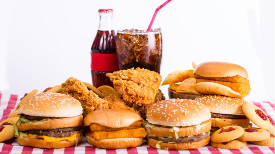 fast_food_burger_chicken_soda_shutterstock_285533255_1280x720